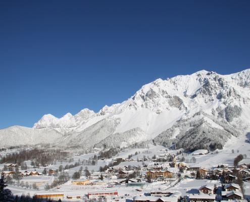 Ramsau am Dachstein WinterpanoramaWinter Pferdeschlittenfahrt, Winterwandern und Langlaufen-Apartment Montanara